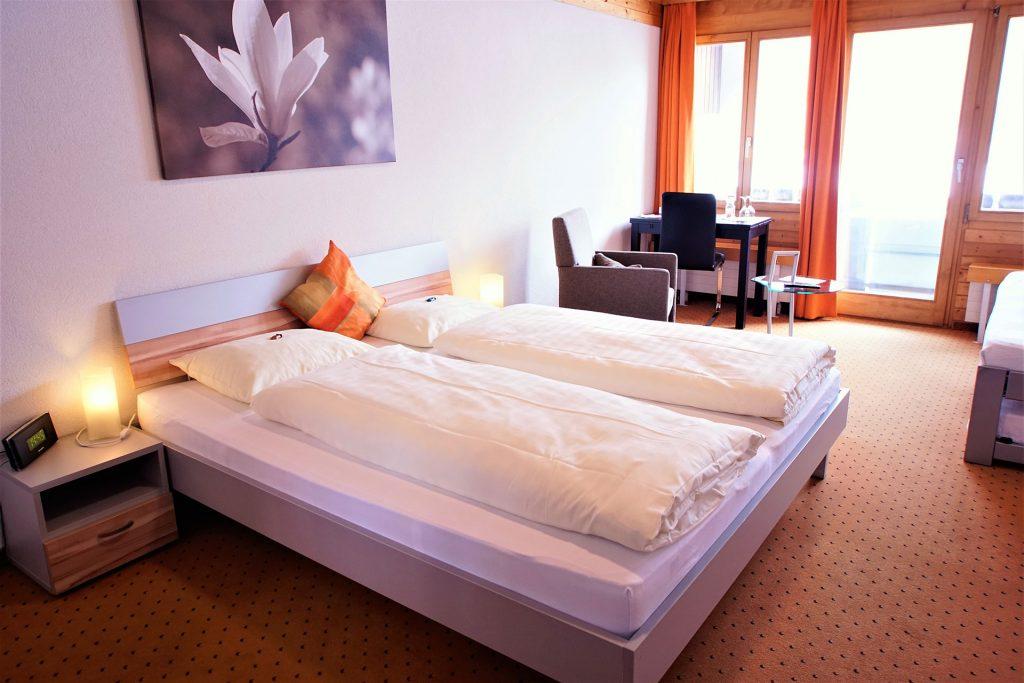 Doppel-Zimmer mit Zusatzbetten